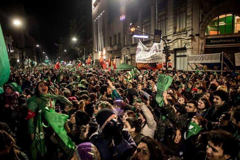 Histórica votación en diputados: El aborto legal consiguió media sanción