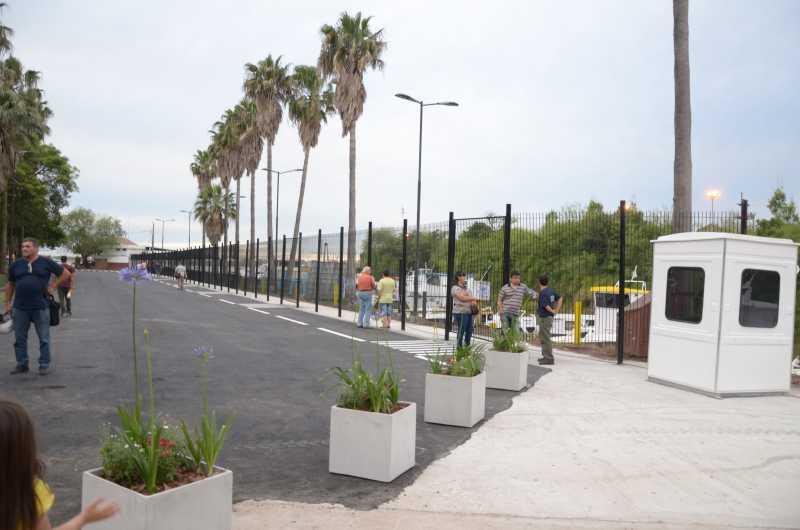 Puerto San Martín: Inauguran obras en zona de cabotaje