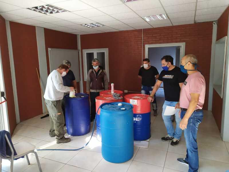 Patrones: proveeran 1200 ltrs de desinfectante para las embarcaciones