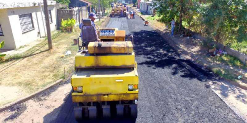 Bermúdez: El plan municipal de pavimentación trabaja sobre calles de barrio Villa Cassini