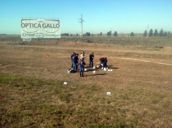 Hallan en Autopista a Córdoba el cuerpo de un hombre con un disparo en la espalda