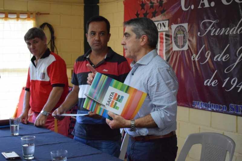 Traferri entregó $150.000 al Club Colón