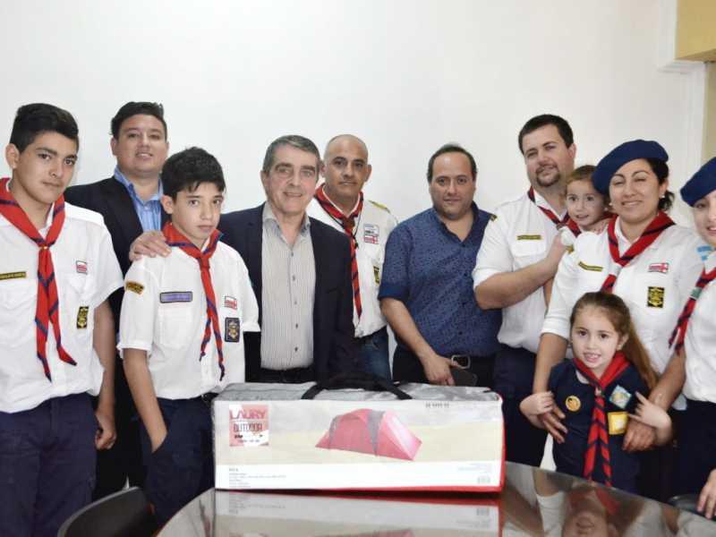El Grupo Scout Nº10 y Veteranos de Malvinas recibieron ayuda del Senador