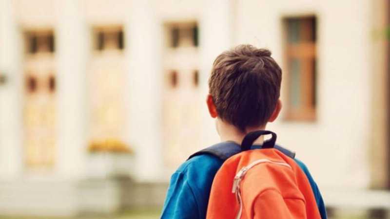 Las mochilas sobrecargadas pueden causar serios daños a los niños