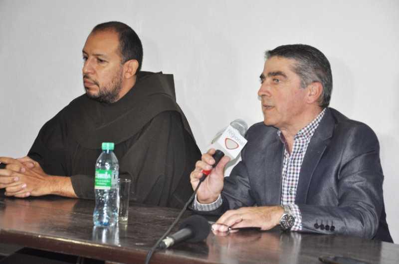 Media sanción para salvar el convento, ahora está en manos de Diputados