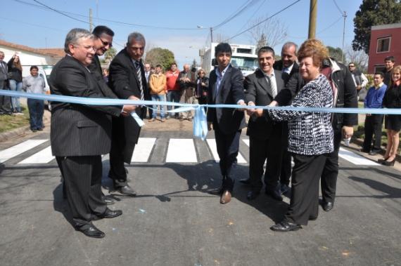 El Aniversario de Timbúes llegó con 10 viviendas de  PROMUDI y 12 instituciones beneficiadas por el senador Armando Traferri