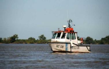 Intensa búsqueda de una pareja que cayó al Río Paraná