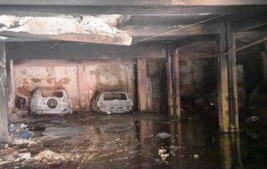 Rosario: Peligro de derrumbe en el edificio tras el fatal incendio en la cochera