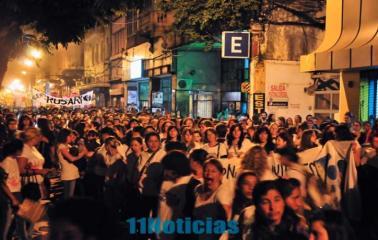 Multitudinaria marcha de Mujeres en el marco del 31º Encuentro en Rosario