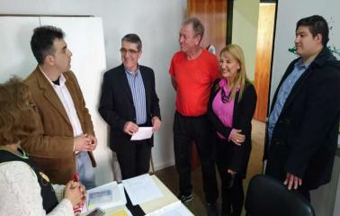 Traferri entregó aportes a instituciones educativas de San Lorenzo