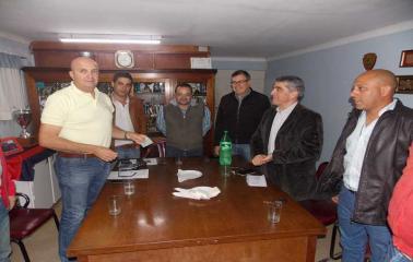 Con el apoyo de Traferri, Garibaldi pudo llevar adelante el Primer Campus de Básquet