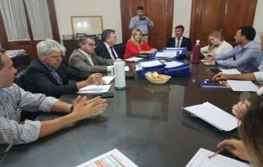 Traferri aprueba más de $10 millones en obras para el departamento