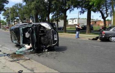 Franco Cervi salió ileso de un espectacular accidente en Granadero Baigorria