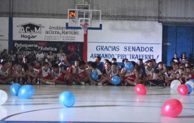 Club Garbaldi inauguró su flamante nueva cancha de básquet