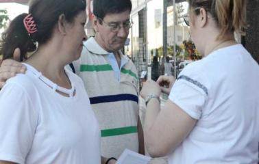 El grupo Valientes por la Vida realizó una campaña contra el cáncer de próstata