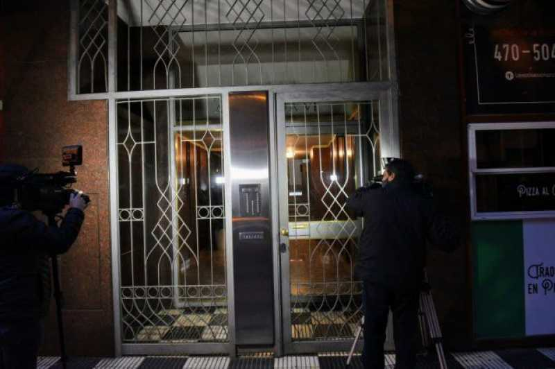 Femicidio en Rosario: fue asesinada de una apuñalada en el cuello