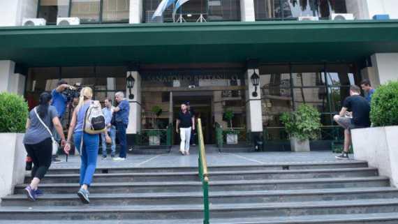 Coronavirus: Aislaron a 57 personas en el sanatorio Británico de Rosario