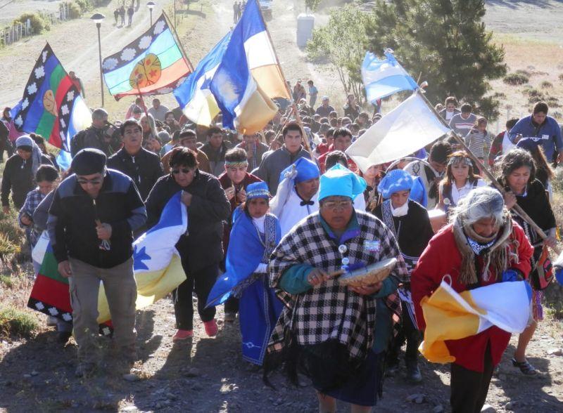 11 de agosto reconocimiento de los derechos indígenas