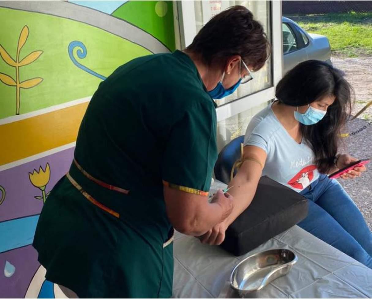 Testeos masivos en el personal de salud de Ricardone