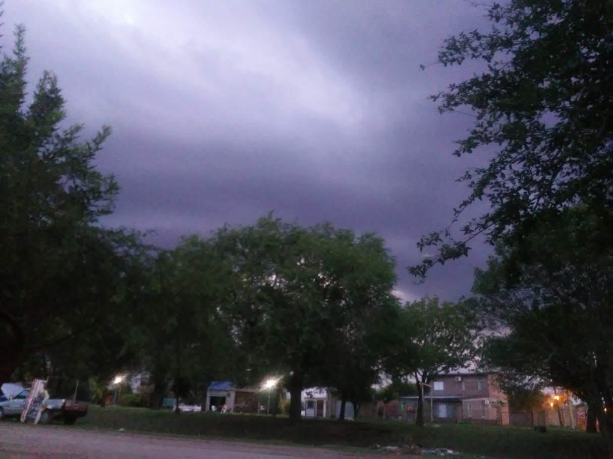 Alerta amarillo por tormentas y vientos fuertes para la región