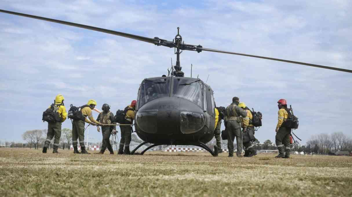 Incendios: Mantendrán una guardia activa con sobrevuelos diarios sobre las islas