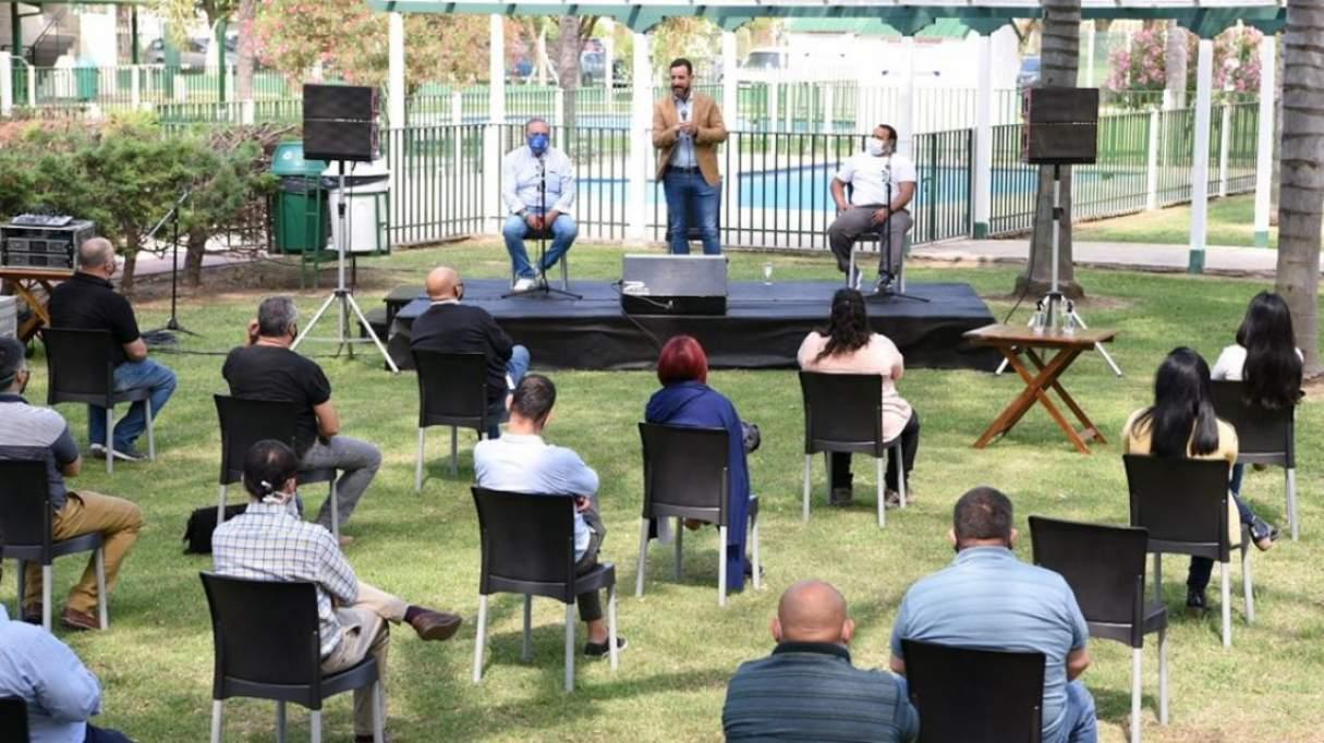 El gobierno reunió a más de 40 gremios para analizar la implementación de la ley de ART
