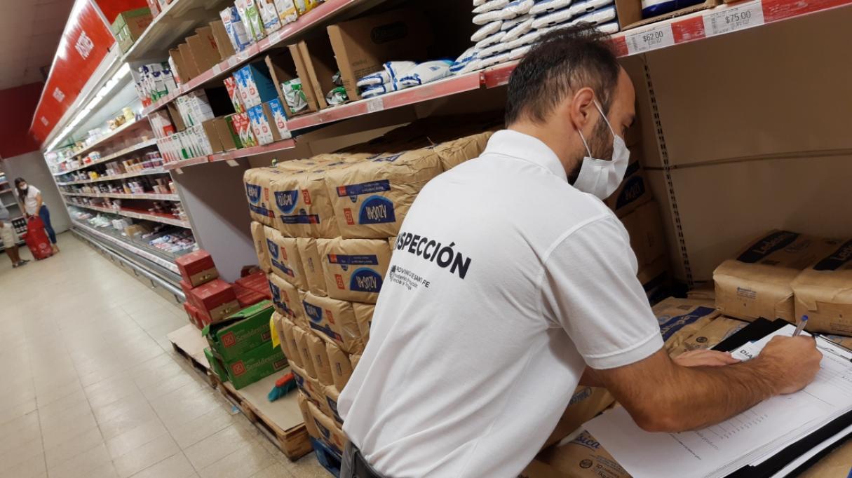 Imputan a 10 supermercados de Rosario y Santa Fe por sobreprecios