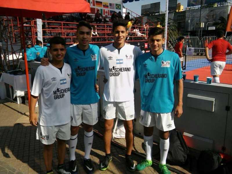 Beltranences en el podio en el Mundial de Fútbol Tenis de Chile