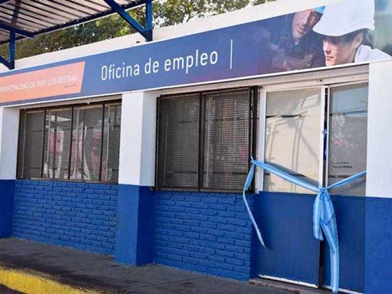 La Oficina de Empleo de Fray Luis Beltrán, una puerta que tocar
