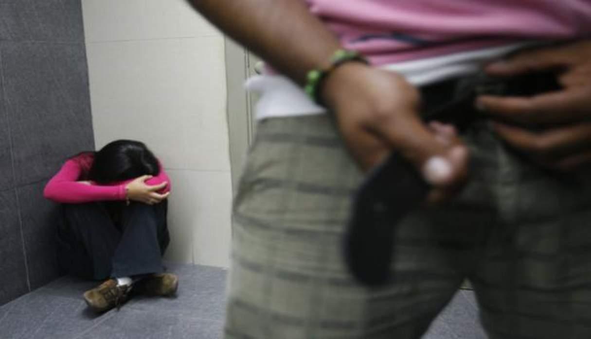 Capitán Bermúdez: un hombre persiguió y mostró sus genitales a una joven en la vía pública
