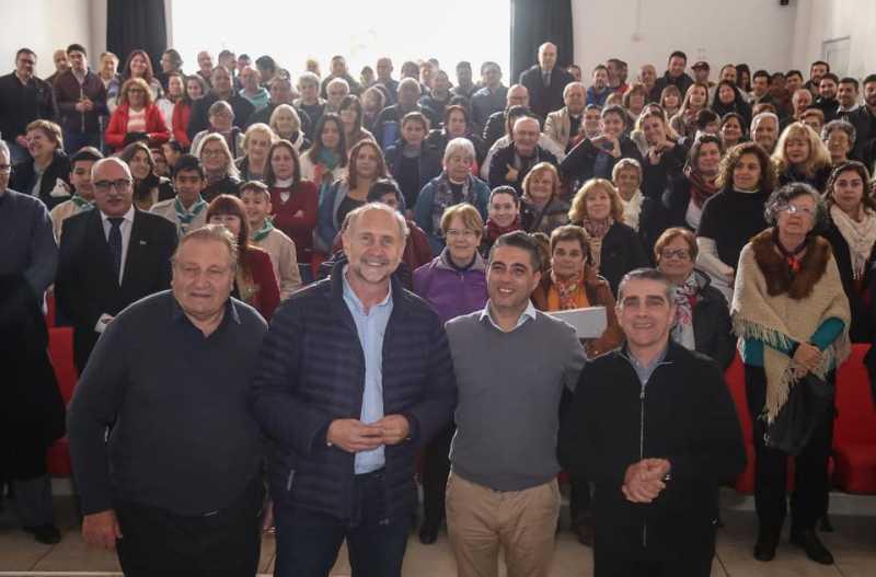 Juntos: Omar Perotti en Fray Luis Beltrán