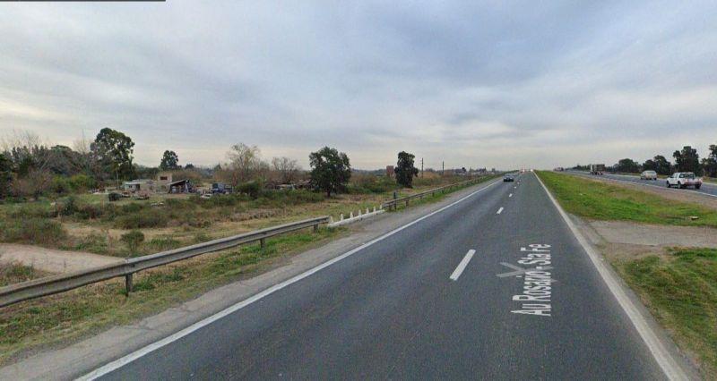 Lanzan piedras para robar en la autopista Rosario Santa Fe