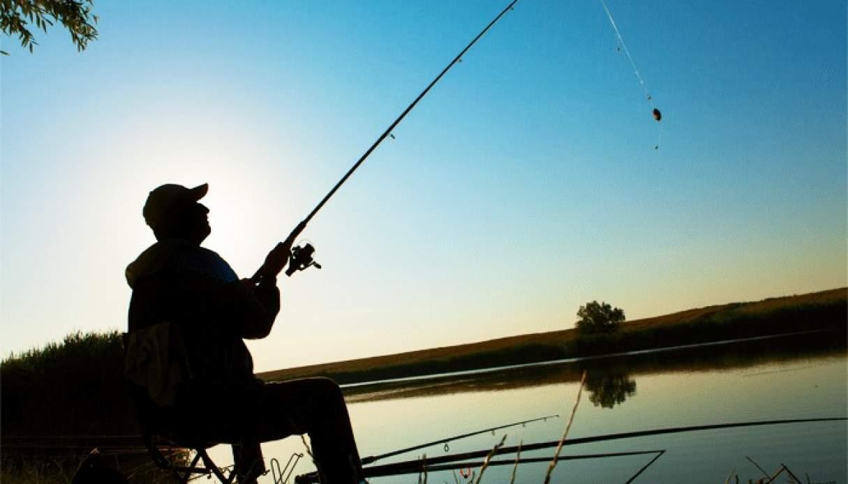 La provincia modificó horarios para natatorios y pesca deportiva