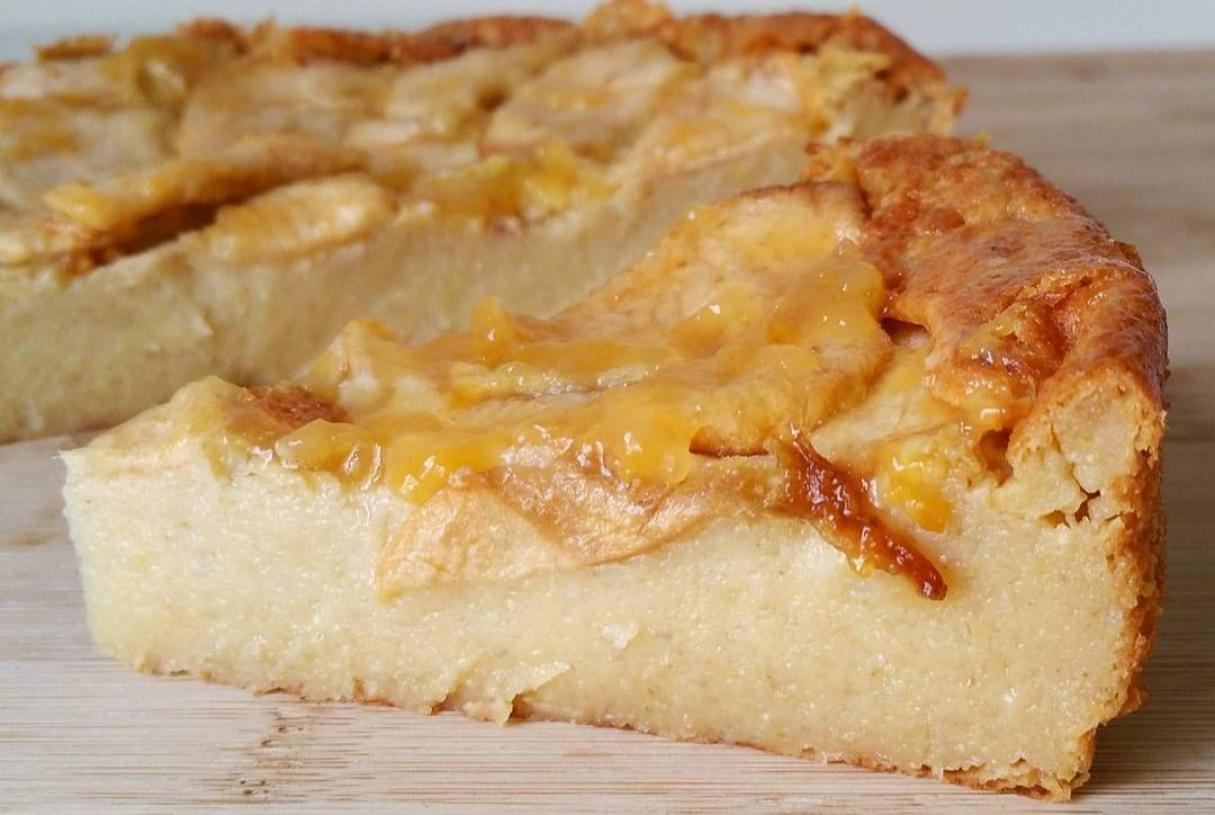 Receta fácil para la torta de manzana húmeda
