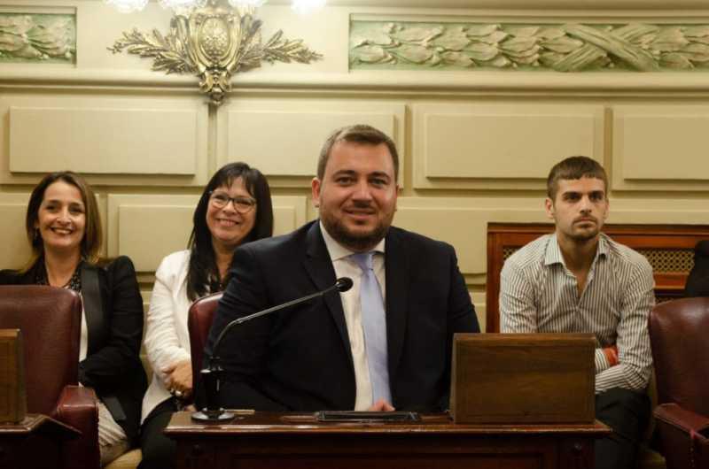 """Vamos a pedir que el Presidente no venga a Rosario por riesgos de COVID19"""