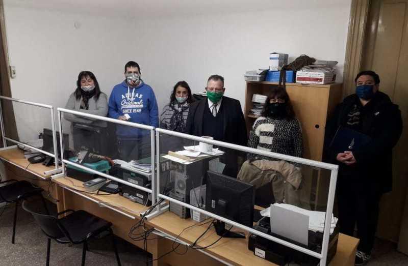Traferri entregó parantes sanitarios a oficinas del Registro Civil