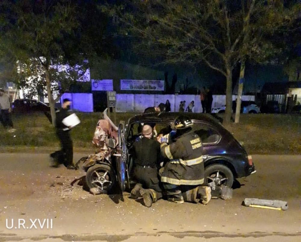 Murió el acompañante que iba en el Fiat 600 tras el accidente de ayer