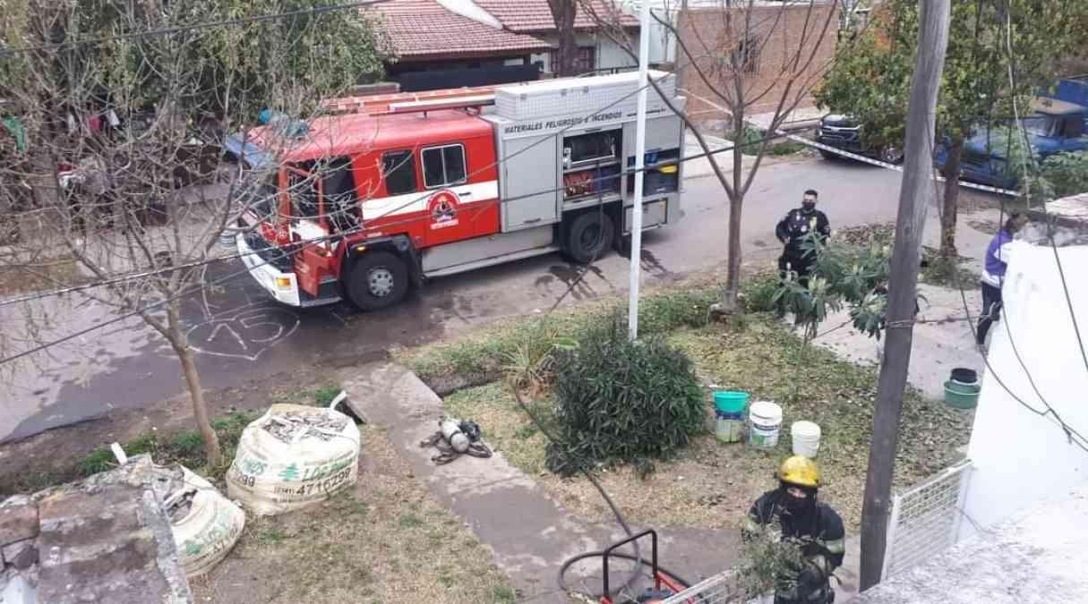 Se incendió una vivienda en Baigorria y los vecinos ayudaron a extinguir el fuego