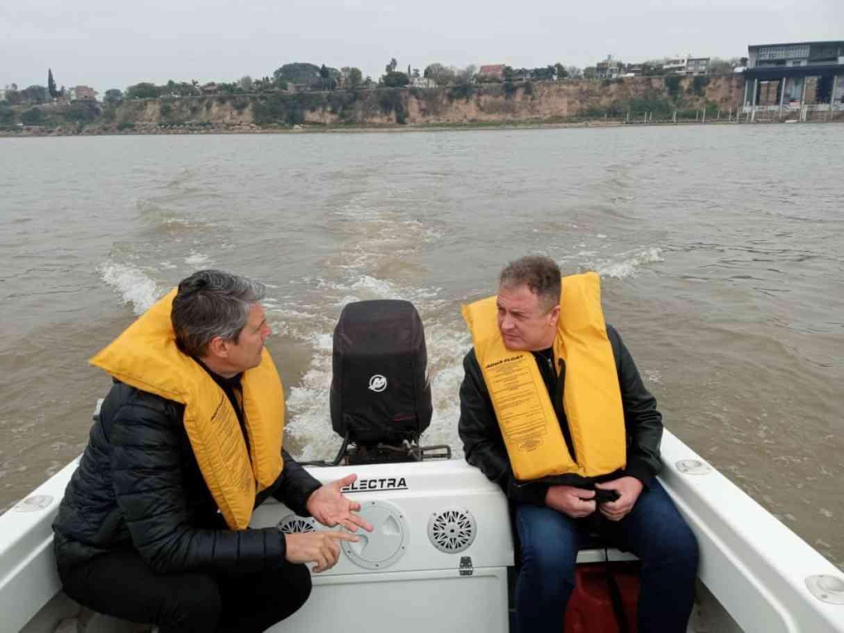 El secretario de turismo recorrió la isla frente a Capitán Bermúdez
