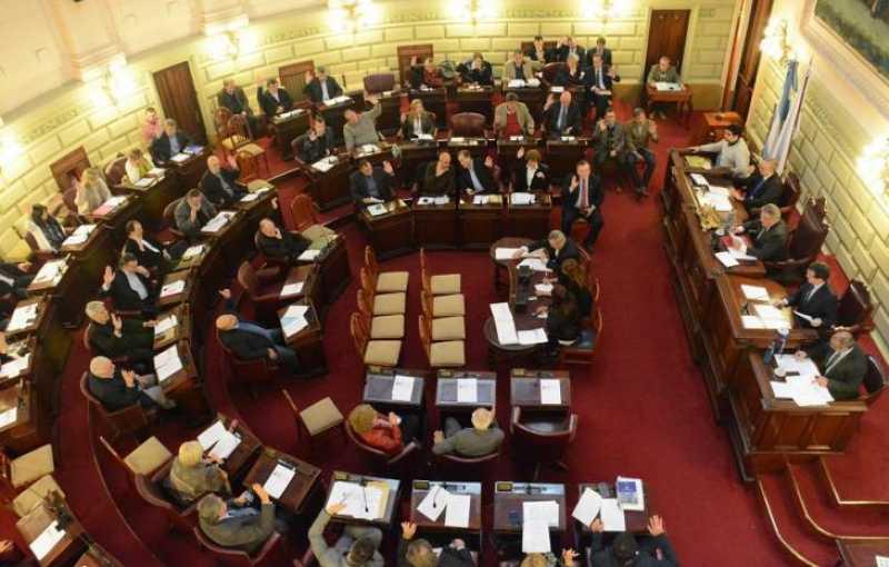 Senadores aprueban sobre tablas un proyecto fundamental para garantizar los fondos en educación