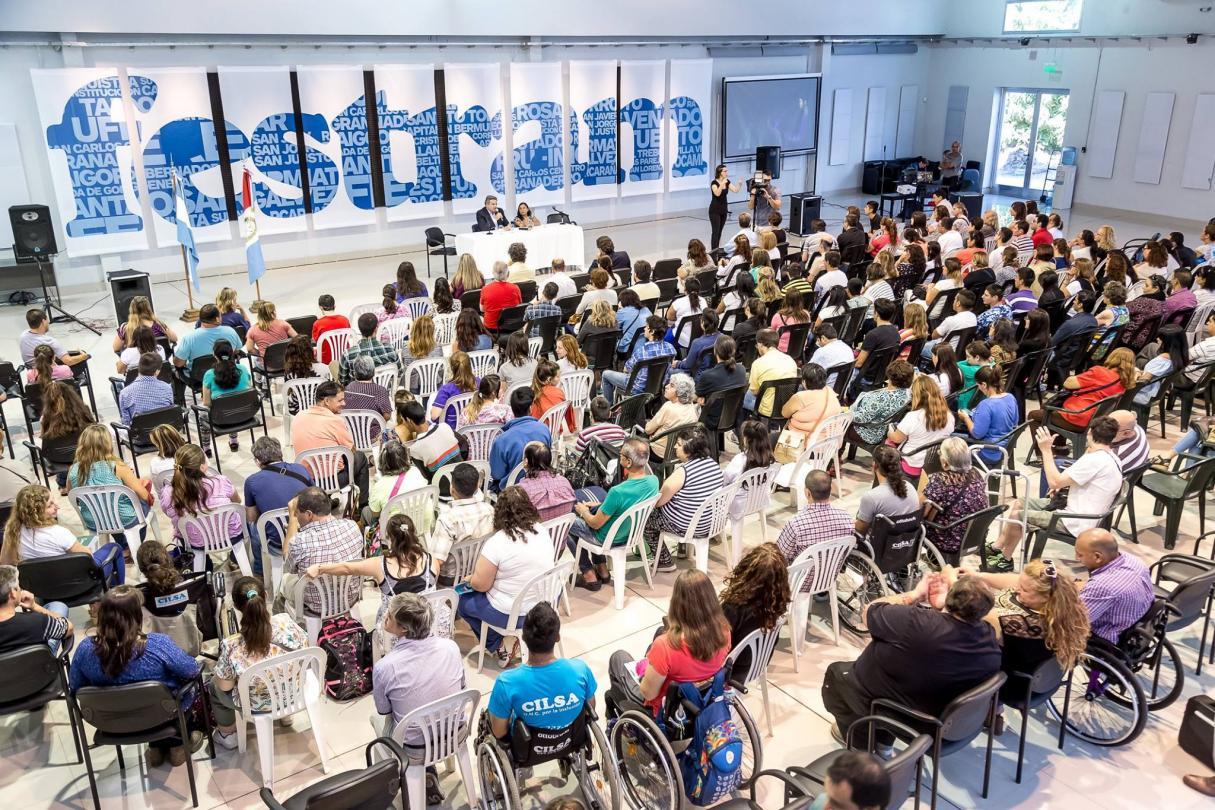 Festram se declaró en estado de alerta y movilización por inmediato aumento salarial