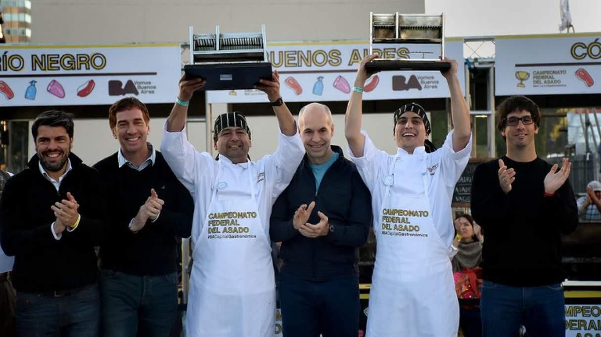 El Campeón federal del asado trabajará en un restaurant de San Lorenzo