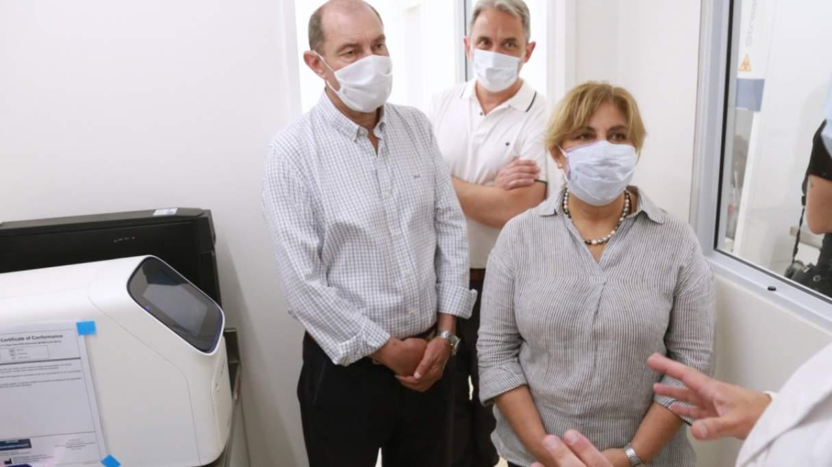 Ponen en funcionamiento un laboratorio de biología molecular en el Eva Perón