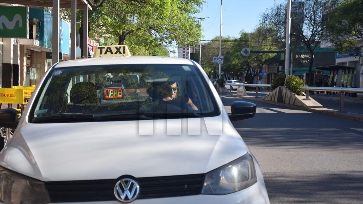 Taxis: piden que el municipio exija el alta temprana de los choferes