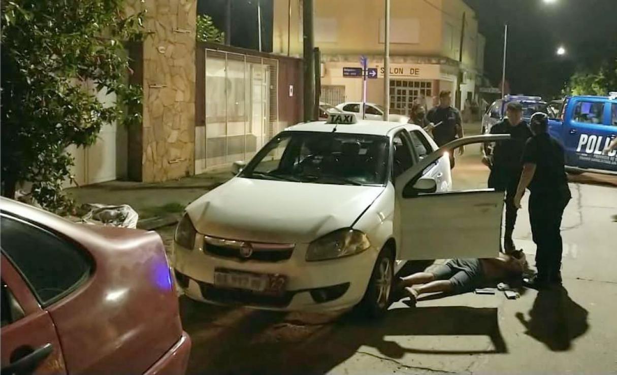 Una remisera sanlorencina se arrojó del auto cuando estaba siendo asaltada