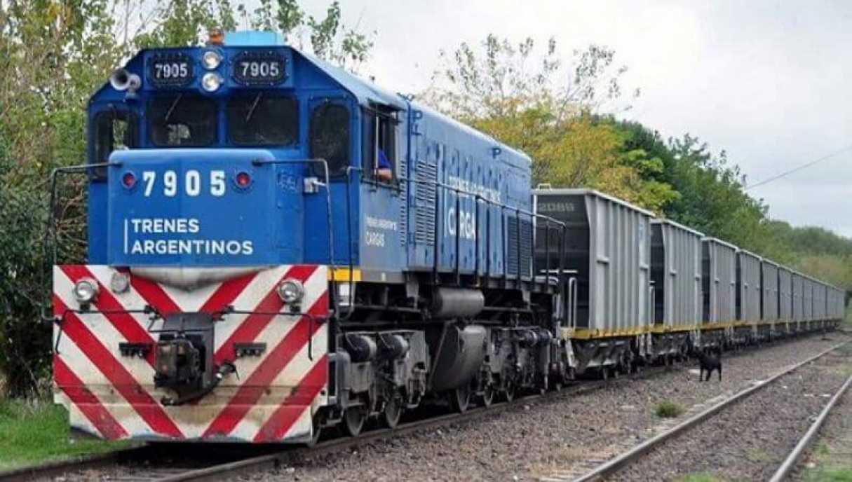 Joven en estado grave tras chocar con un tren en San Lorenzo