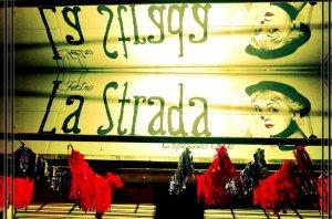El Teatro La Strada organiza una pollada para sostener el espacio