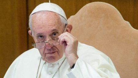 """Papa Francisco criticó la comunicación de información """"preempaquetada"""""""